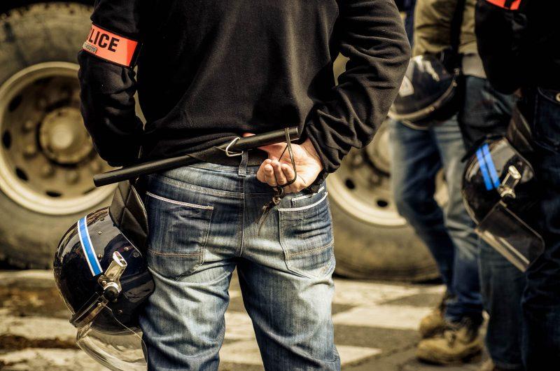 CRS, police, manifestation, stress, tensions, agriculture, Sébastien Garcia, des Sites et des Lettres, création de site, photographie